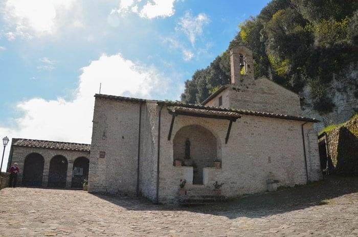 """Convento Del Sacro Speco Di Narni – """"L'acqua Trasformata In Vino"""""""