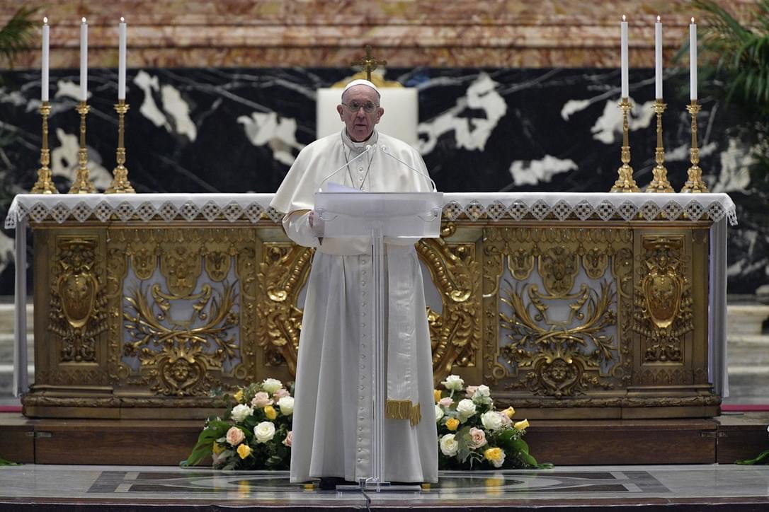 Urbi Et Orbi, Il Papa: L'annuncio Di Pasqua Aiuti A Vincere La Mentalità Della Guerra.